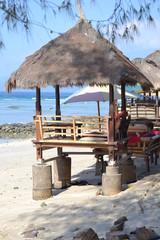 tavolo al ristorante in spiaggia