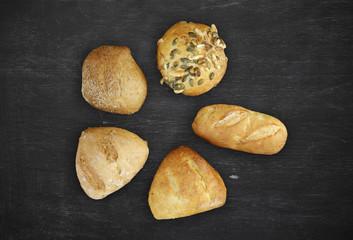 five different buns