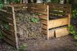 Backyard compost bins - 76609075