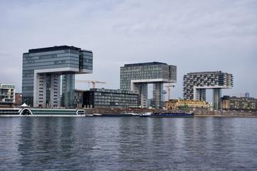 Kranhäuser im Kölner Rheinauhafen, Deutschland