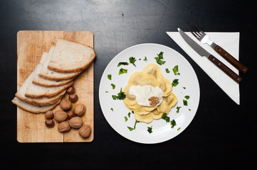 Ravioli al gorgonzola e noci