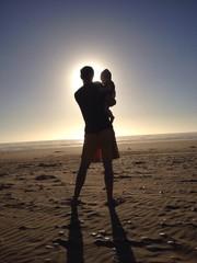 vater kind baby familie strand