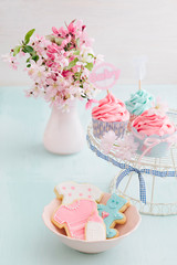 Bayb shower cupcakes and cookies