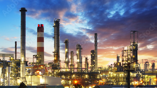 Staande foto Industrial geb. Oil and gas refinery, Power Industry