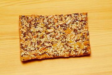 Cracker cereal