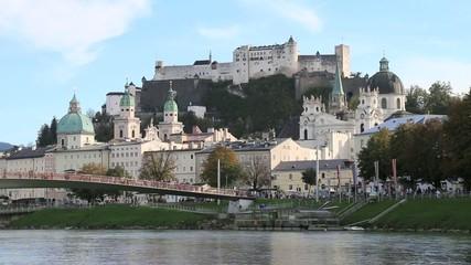 Salzburg - 004 - Altstadt - Salzach