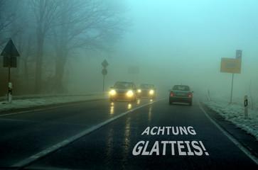 Achtung Glatteis!