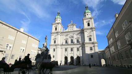 Salzburg - 009 - Dom - Domplatz