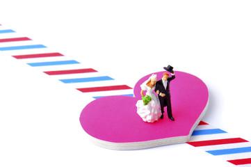 幸せな結婚をした二人