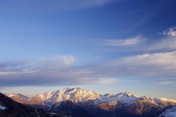 Posets peak