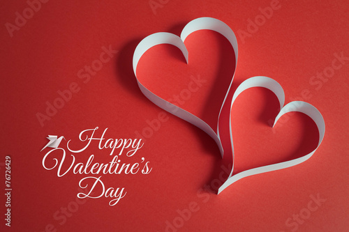 Poster Retro valentines day background with origami dove and papercraft heart