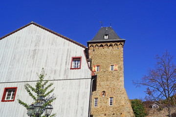 Altstadt von BAD MÜNSTEREIFEL mit Werter Tor rechts