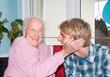 Teenager mit Großmutter