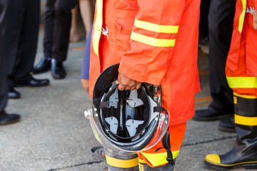 Helmet safety for firefighter
