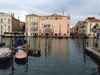 palacios del gran canal en Venecia