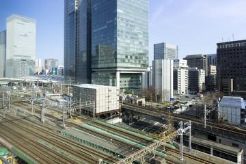 丸の内 八重洲 高層ビル街と東京駅