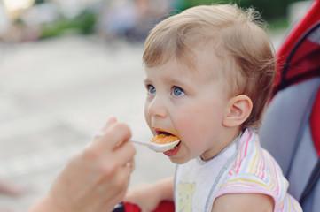Feeding Child