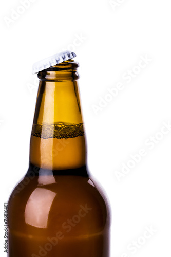beer bottle - 76816401