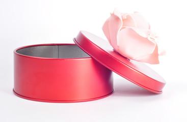 Подарочная коробочка ко дню святого Валентина с розой