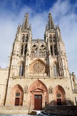 catedral de burgos en invierno