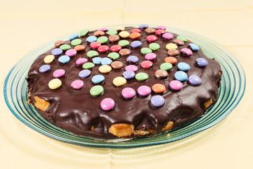 Torta al cioccolato con smarties
