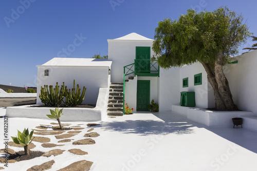 Leinwanddruck Bild Typical Lanzarote