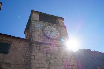 Черногория - башня с часами
