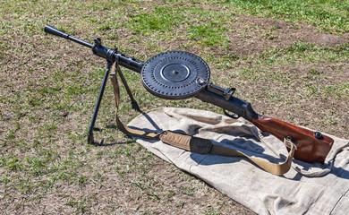 Soviet light machine gun (Degtyarev) (DP 27) (Model 1940)