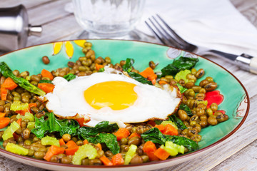 Lentils with Egg, Spinach and Carrot