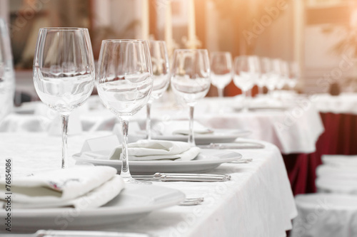 Papiers peints Table preparee BANQUET TABLE