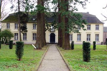 ehemaliges Kreuzherrenkloster Haus Hohenbusch