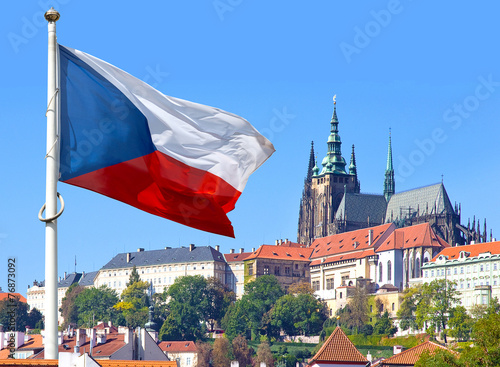 Staande foto Praag Flag, Prague castle and Lesser town, Prague, Czech republic