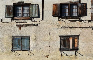 vieille façade ...grisons