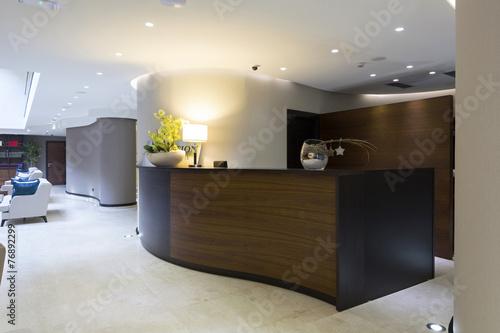 Hotel interior - reception area - 76892299