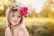 Obrazy na płótnie, fototapety, zdjęcia, fotoobrazy drukowane : Beautiful woman with flower wreath.