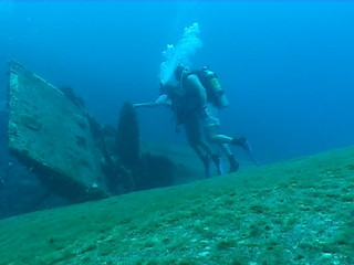 underwater wedding video caribbean sea on ship wreck