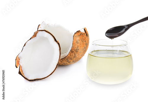 Papiers peints Condiment coconut oil isolated on white