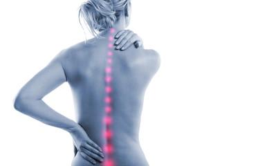 Frau mit Rückenschmerzen Punkten