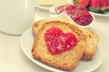 heart of jam on a toast