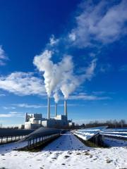 Solaranlage versus Heizkraftwerk im Winter
