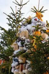 Teddybären - Weihnachtspyramide aus Bären