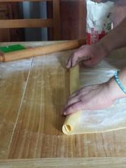 Preparazione sfoglia dolce
