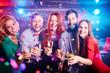 Obrazy na płótnie, fototapety, zdjęcia, fotoobrazy drukowane : Happy booze