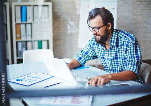 canvas print picture Busy young man