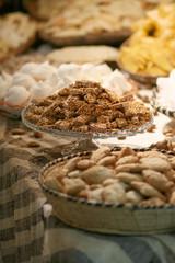 Crunchy nougat with honey