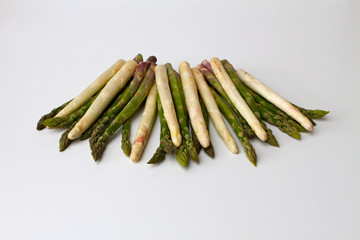 asperges vertes et blanches