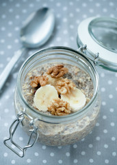 oatmeal with chia seed, banana and walnuts
