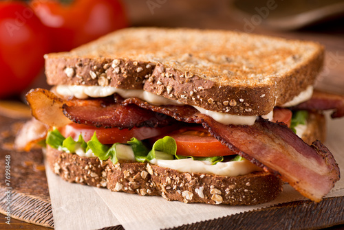 Papiers peints Snack Bacon, Lettuce, and Tomato BLT Sandwich