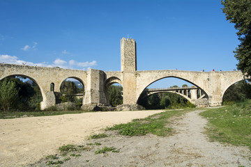Fortified stone bridge entrance to Besalu