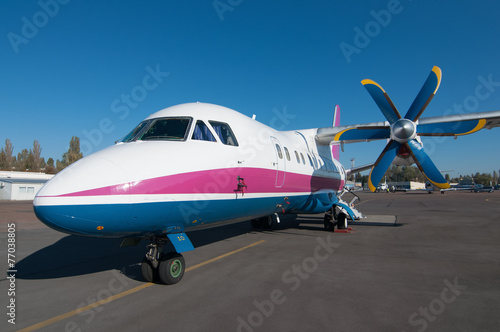 Turboprop airliner for small and medium lines - 77038805